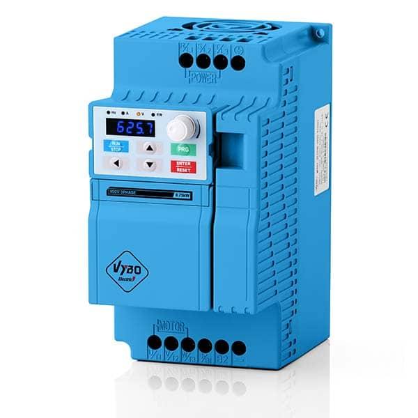 frekvenční měnič V800 1,5kw